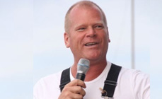 Mike Holmes promoting Welland homes